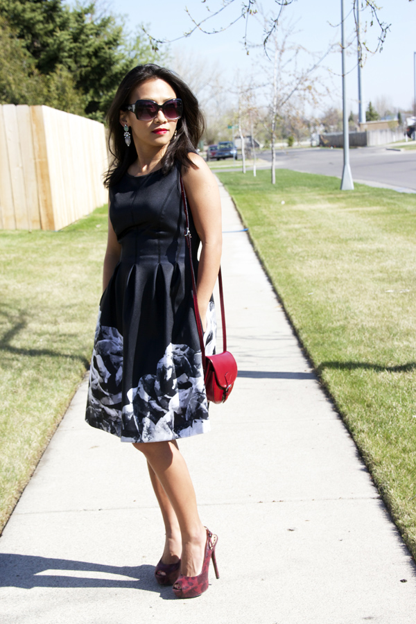 black-fit-and-flare-dress-look2