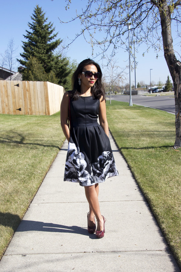 black-fit-and-flare-dress-look3