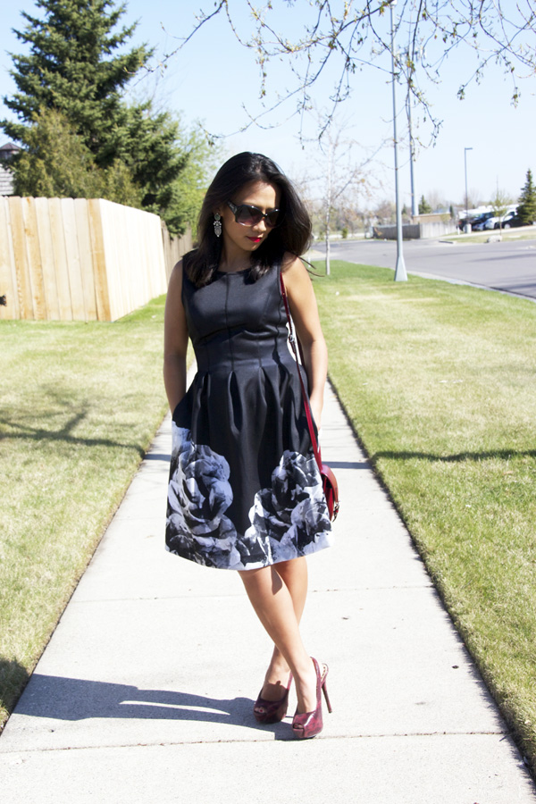 black-fit-and-flare-dress-look4
