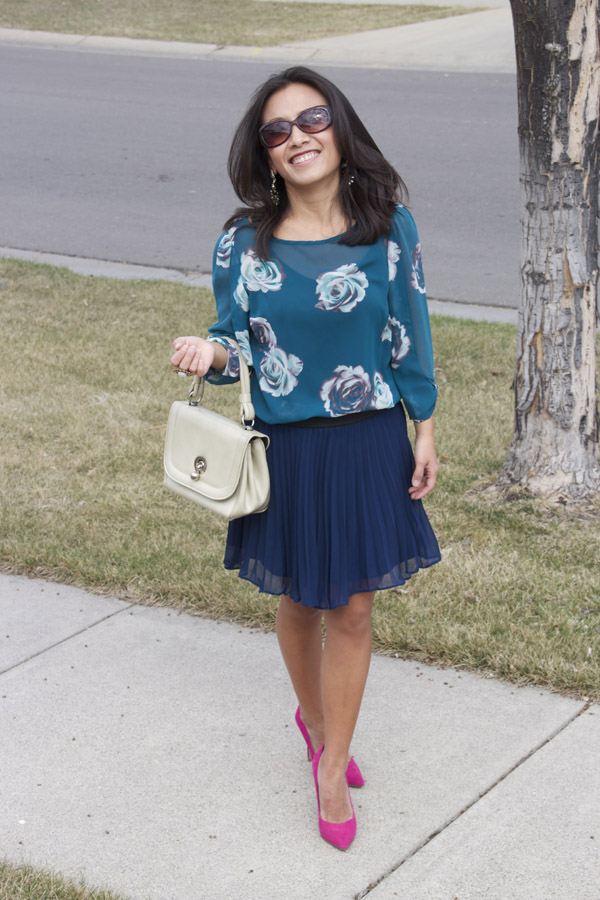 blue-pleated-skirt-front-view