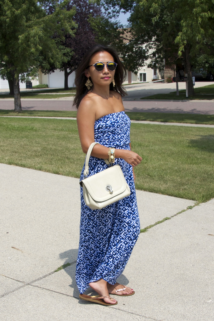 This is a picture of a printed blue maxi dress for summer.