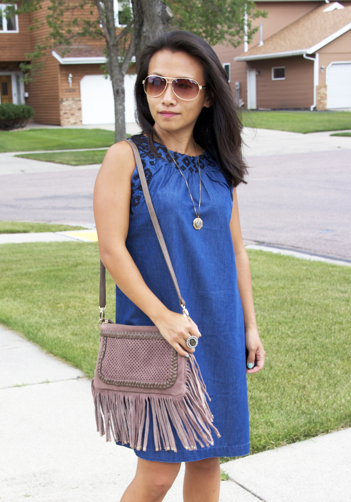 chambray-shift-dress-look3